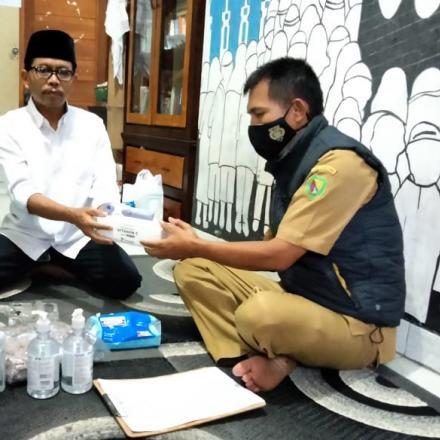 Album : Pendistribusian Alkes Ke DKM Mesjid
